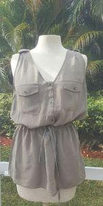 BANANA REPUBLIC V Neck Button Up Silk Top